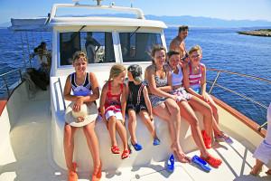 Lodní výlet na ostrovy Maun a Škrda