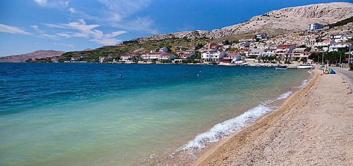 Metajna - hlavní pláž, ostrov Pag, Chorvatsko